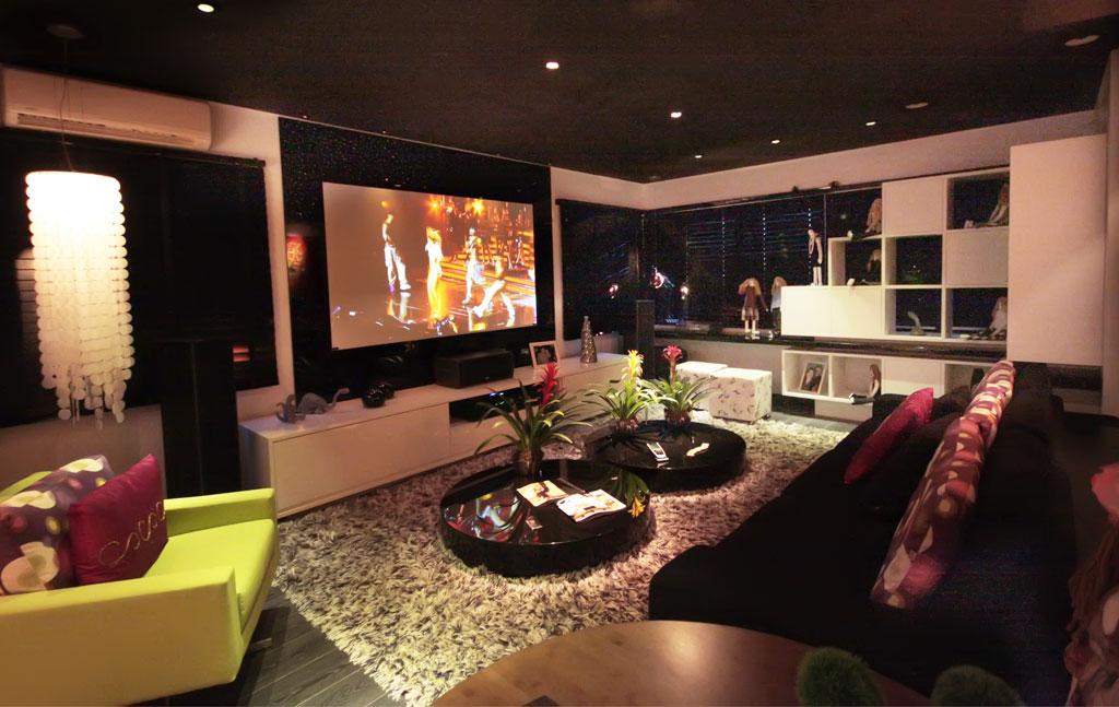 Sala De Tv Com Projetor ~  intensidade da luz dimmer abrir e fechar as cortinas da sua sala de tv
